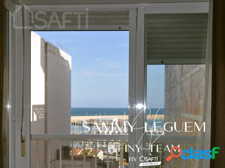 Centro piso sin muebles cuarta planta de 106 m2 cerca plaza de toro + trastero 7 m2 + parking 19 m2, a solo 100m de la playa