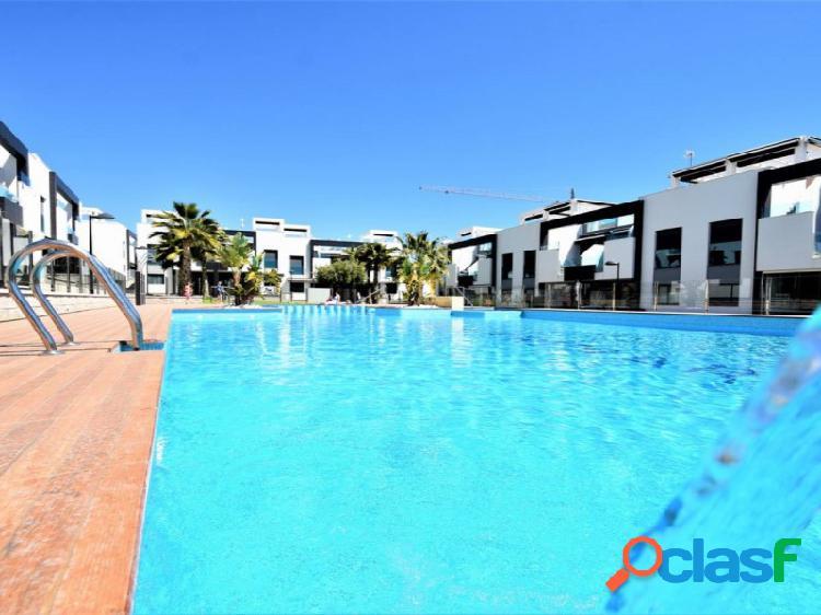 Estupendo apartamento - playa oasis en punta prima
