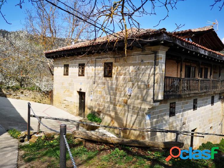 Casa en venta en Aylanes 3