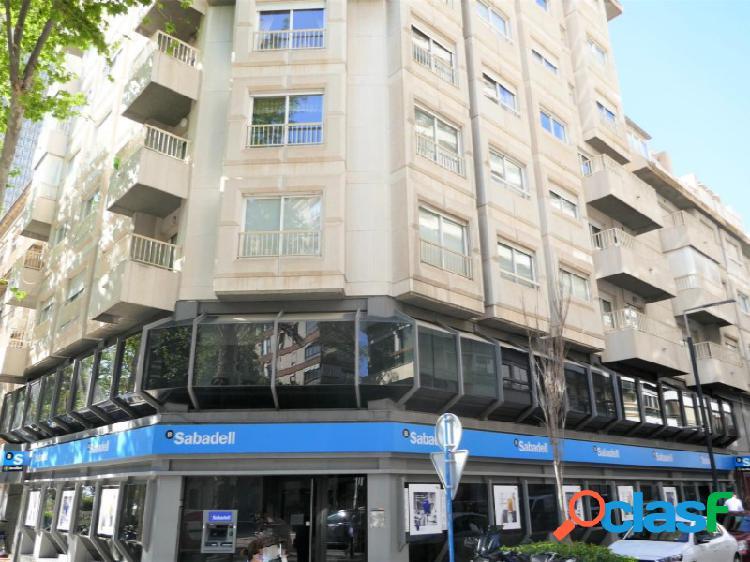 Ático dúplex 230 m2 en avda. doctor gadea, vivienda exclusiva.