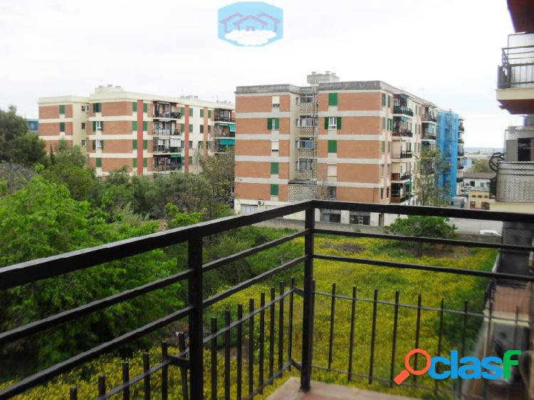 Piso en venta 3 habitaciones y balcon, dream house mallorca inmobiliaria