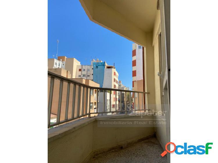 Oportunidad de piso céntrico Avenida Argentina