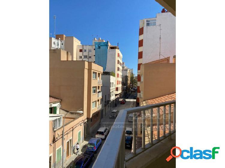 Oportunidad de piso céntrico Avenida Argentina 1