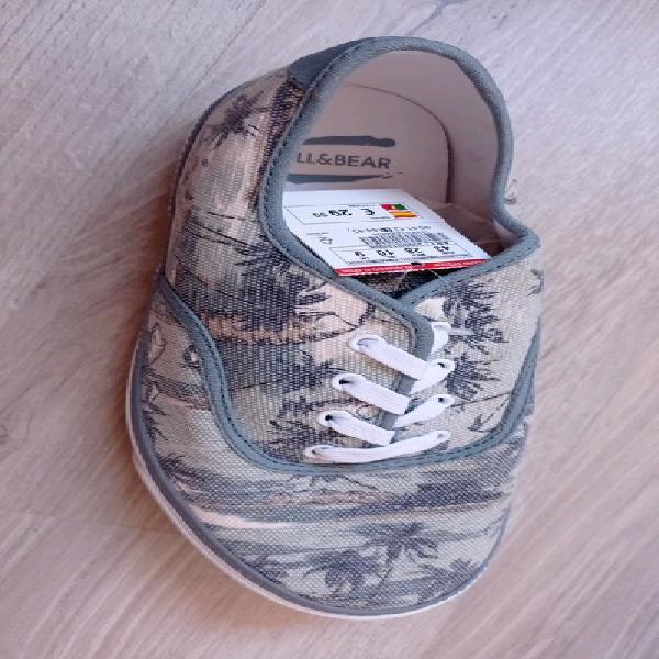 Zapatillas estampadas hombre