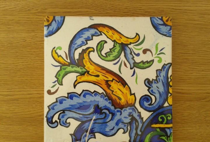 A5 azulejo antiguo modernista azul cobalto
