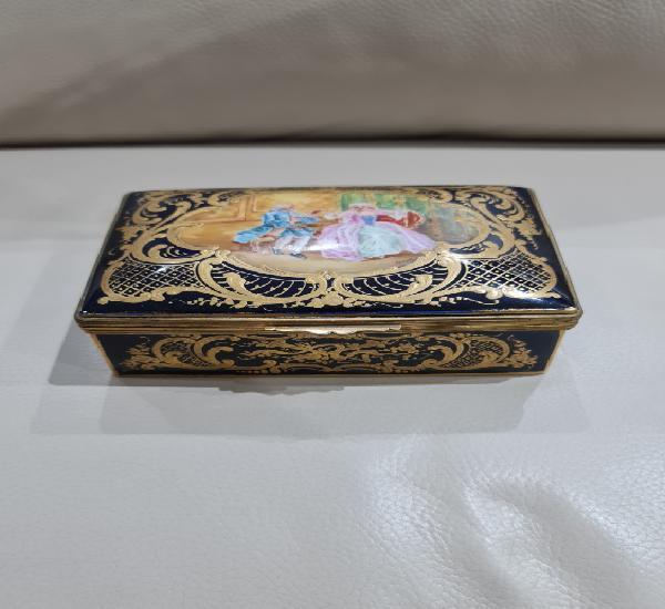 Joyero de porcelana siglo xix, con marcas porcelana parís