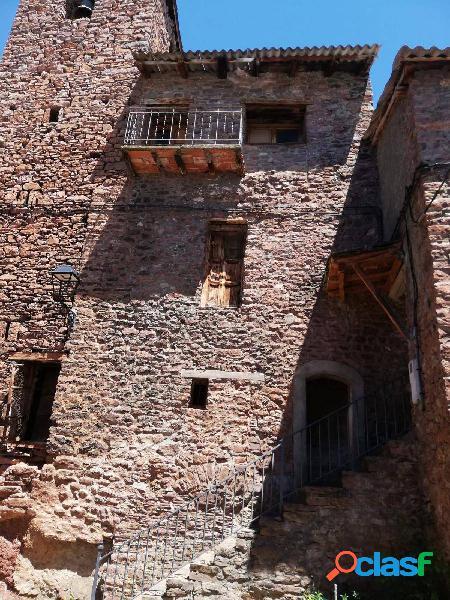 Casa rustica de pueblo cerca de sort lleida
