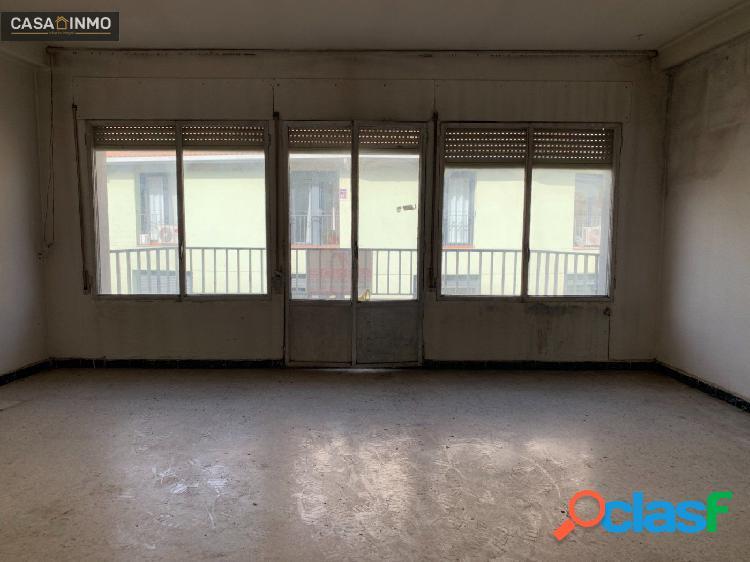 Se vende piso en el Centro de Barbastro. 2