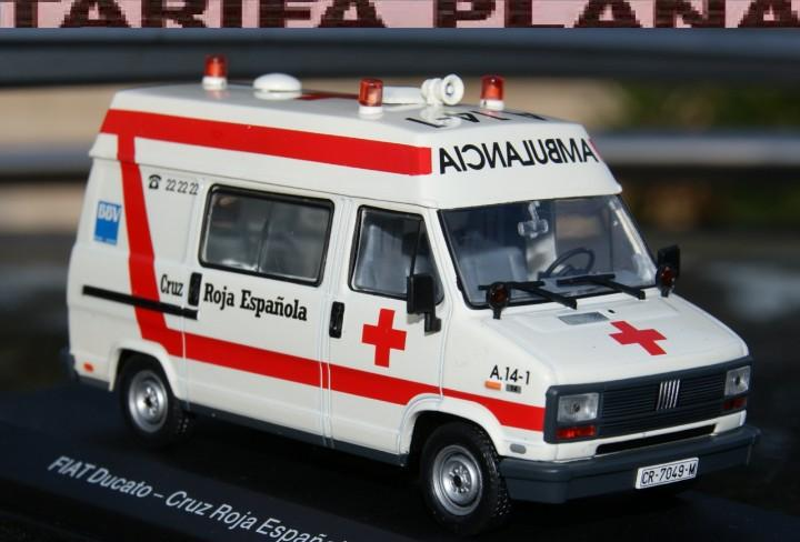 Fiat ducato ambulancia cruz roja española 1990 escala 1:43