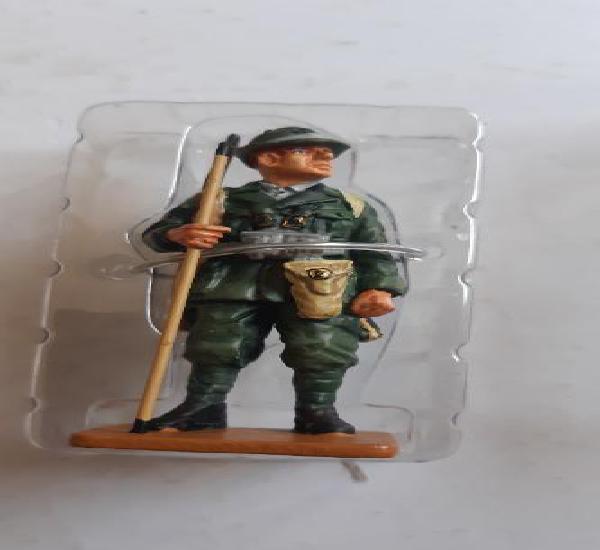 Soldado de plomo ed. del prado. sargento alpino italia 1940.