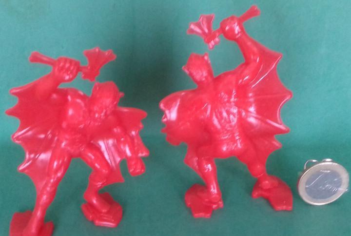 Figuras y soldaditos de 7 ctms - 13956