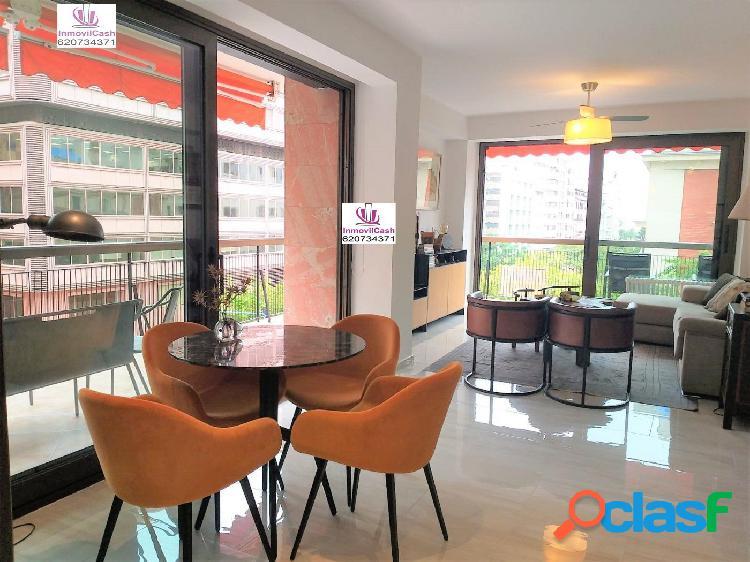 Inmovilcash vende magnífica vivienda en centro de alicante rambla con orientación sur.