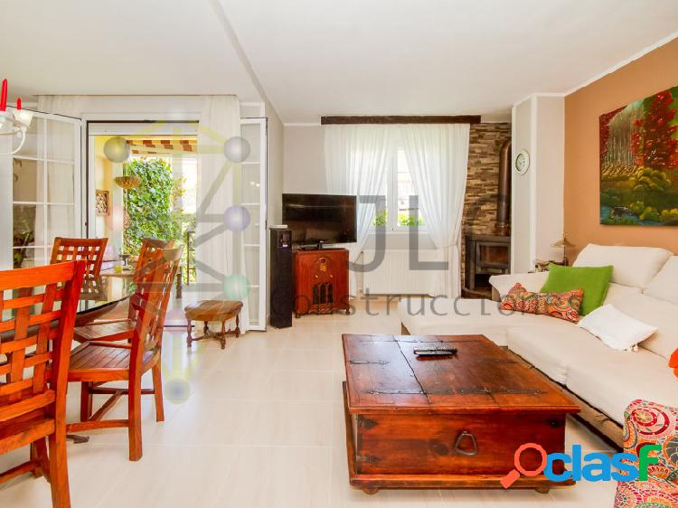Chalet de 3 plantas en algete con garaje, patio, gimnasio, 4 habitaciones... 387.000€