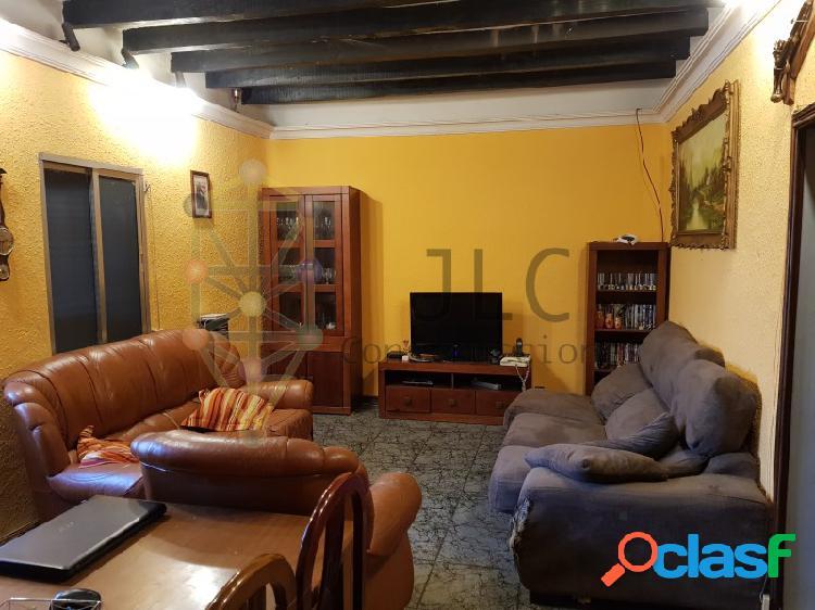Chalet adosado en san sebastián de los reyes: patio, 5 habitaciones, etc. precio negociable.