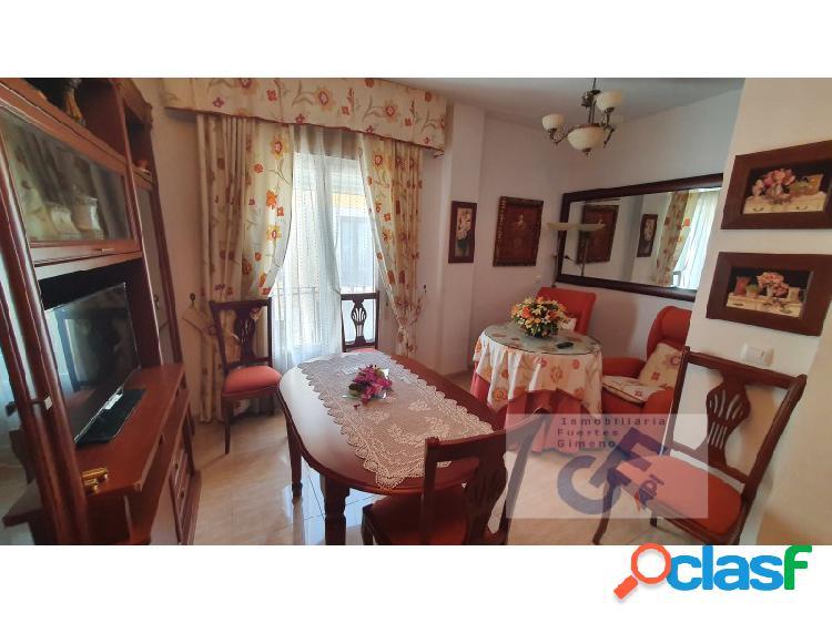 Venta de apartamento semi-nuevo amueblado con climatización central.. poquisimo uso