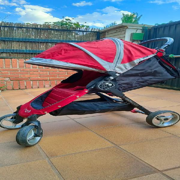 Carrito baby jogger city mini 4 rojo
