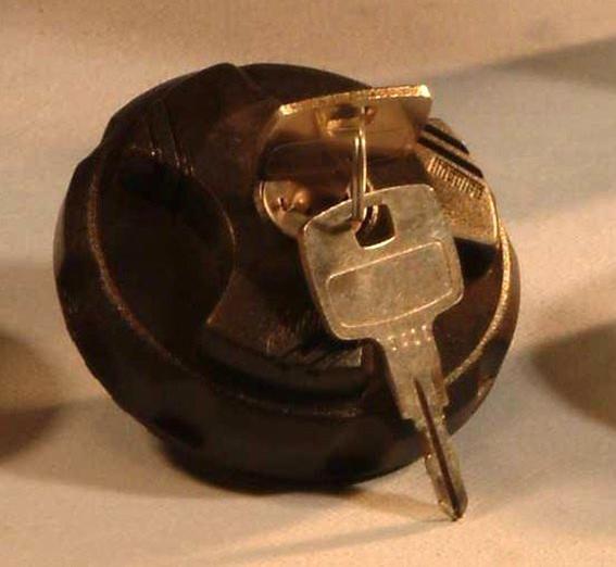 Venta de tapón roscado con llave de 60x2 en murcia