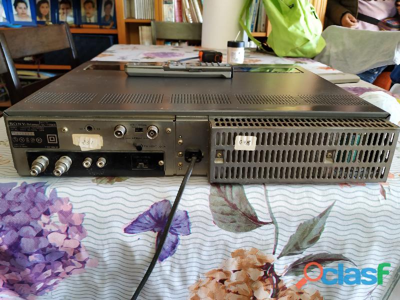 Video SONY Betamax SL F60EC en perfectas condiciones, con mando 1