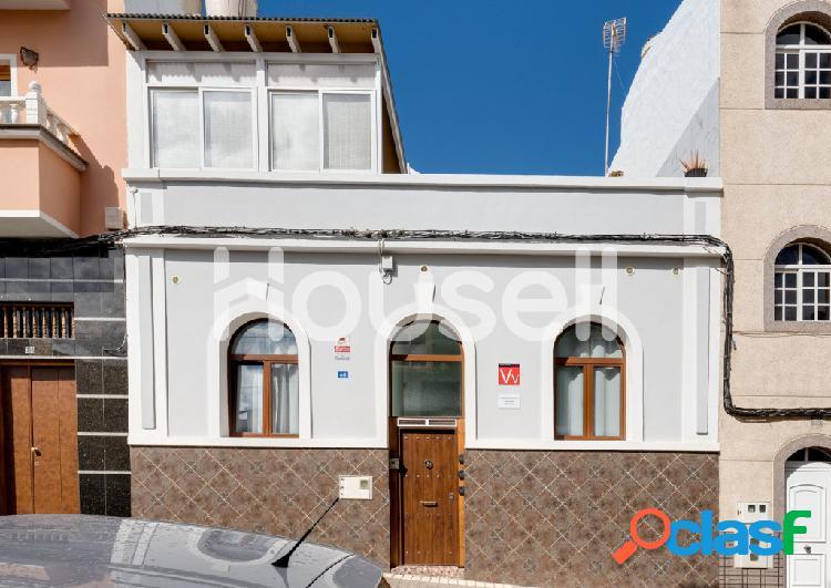 Casa en venta de 231 m² en calle párroco segundo vega, 35015 palmas de gran canaria (las) (las palmas)