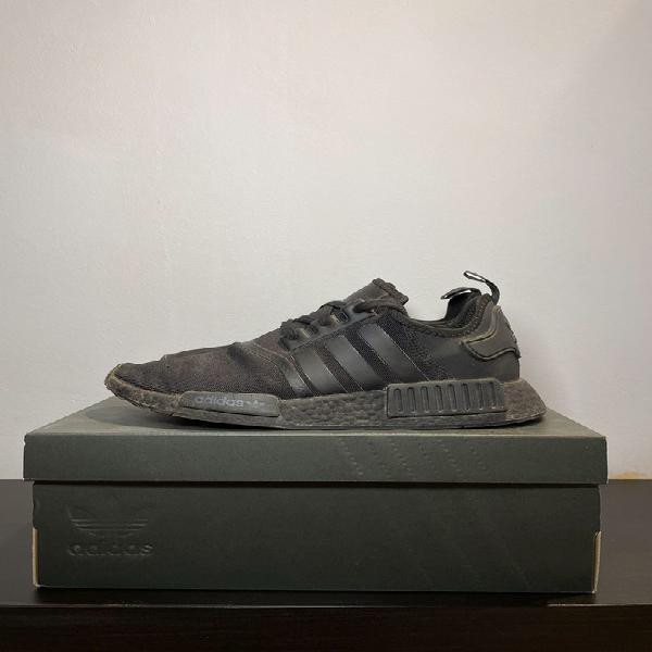 Adidas nmd triple black 2020