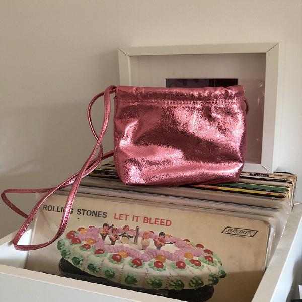 Zara bolso rosa metálico pequeño