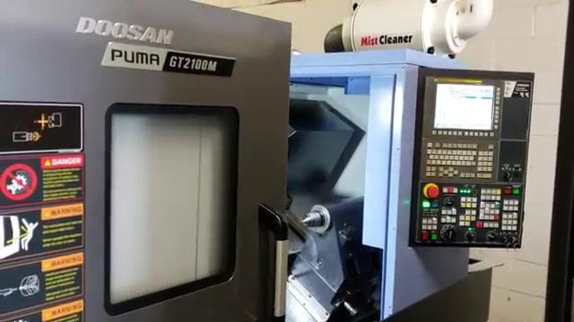 Torno cnc doosan puma gt2100m maquinas de segunda mano