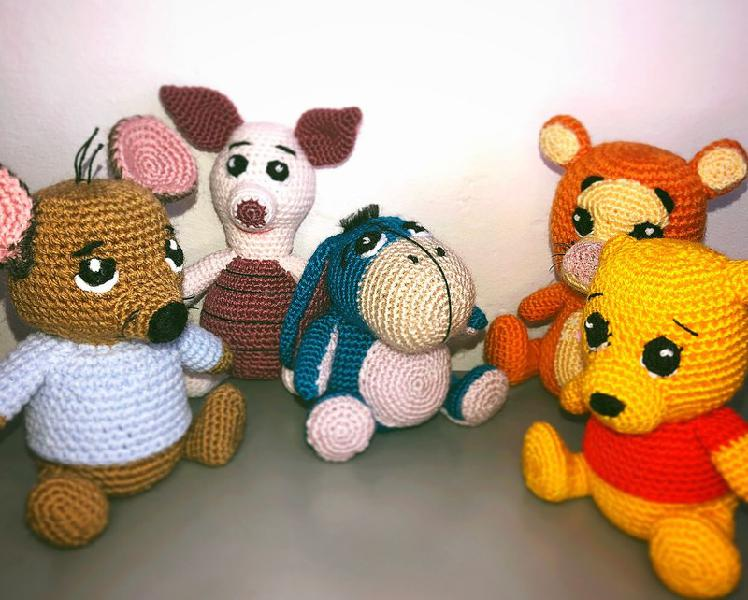Lote completo de amigurumis de winnie the pooh y sus amigos