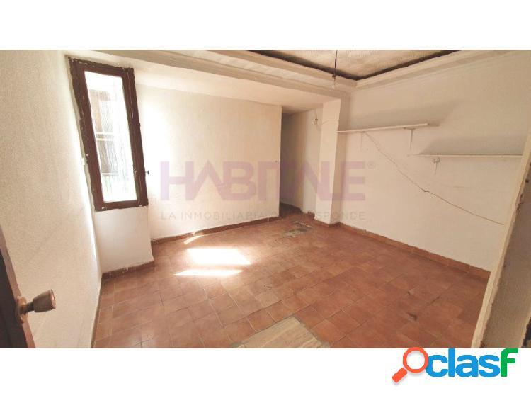 Zona pablo iglesias. piso elda. precio 36.500 euros