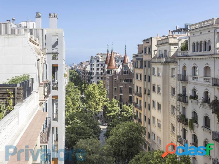 Piso con terraza y vistas espectaculares en una ubicación excepcional