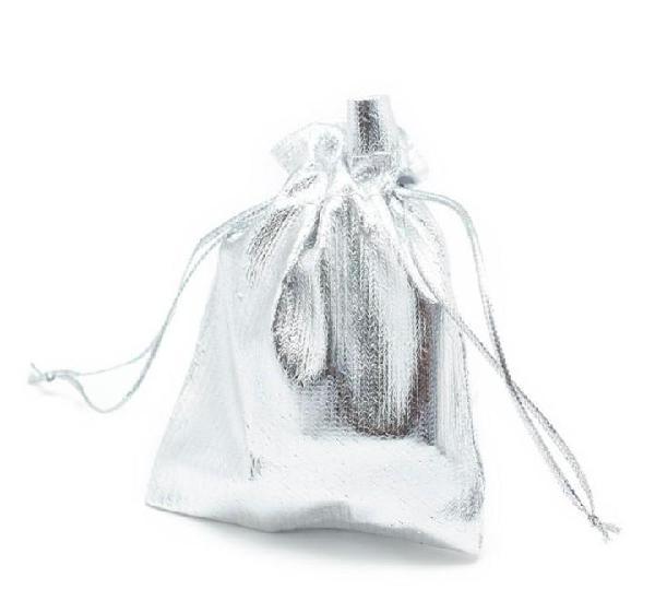 Paquete 10 bolsas de regalo en tela plateada 9 x 7cm