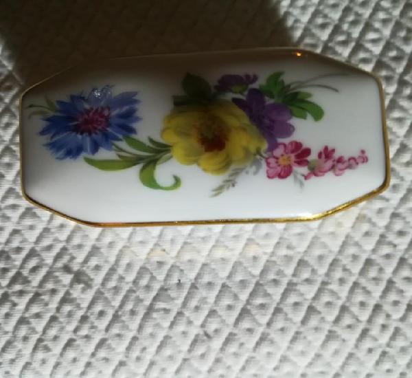Caja de porcelana de baviera. alemana.sellada. y numerada en