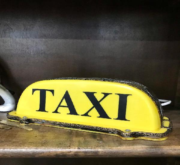 Luminoso taxi