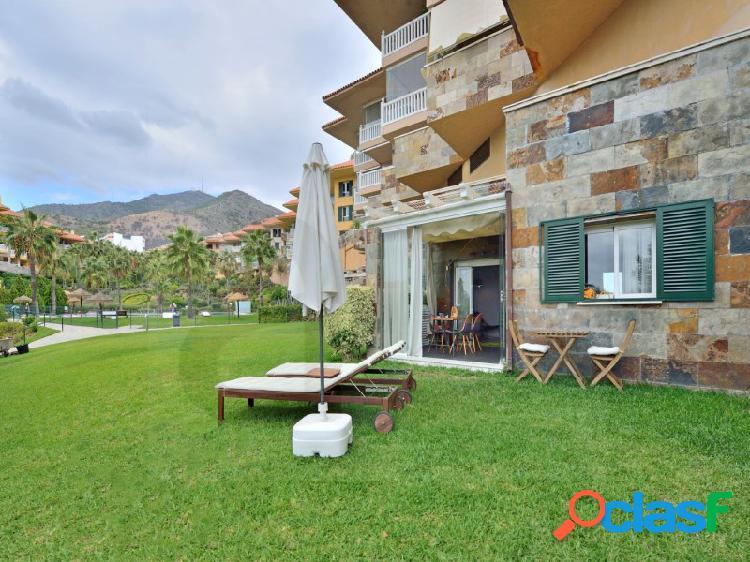 Apartamento reformado con acceso directo a la piscina y jardines comunitarios. 2
