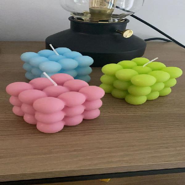 Velas hechas a mano. preguntar color por mensaje.