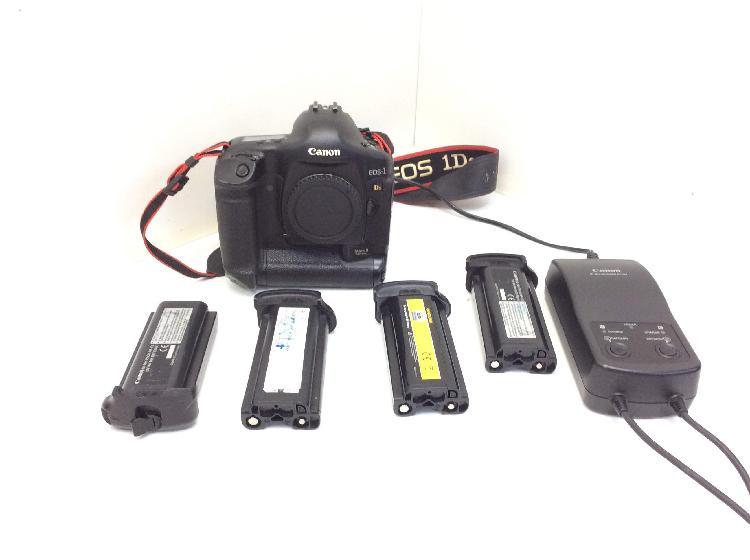 Camara digital reflex canon eos-1 d mark ii