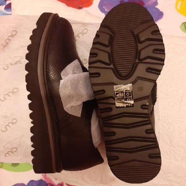 Zapatos planos de oferta