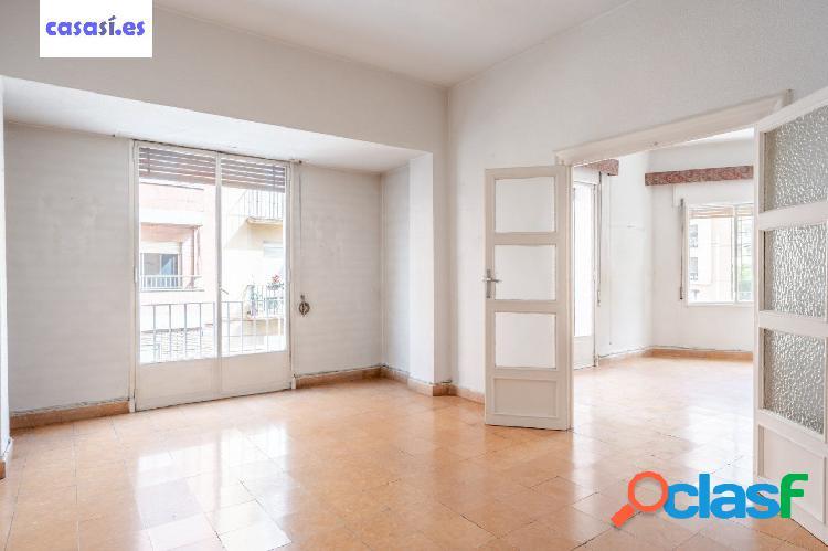 Increíble piso en zona Ancha de Gracia 2