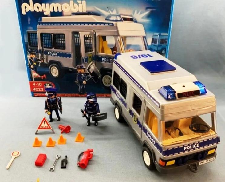 Playmobil 4023 - furgoneta equipada y policías.