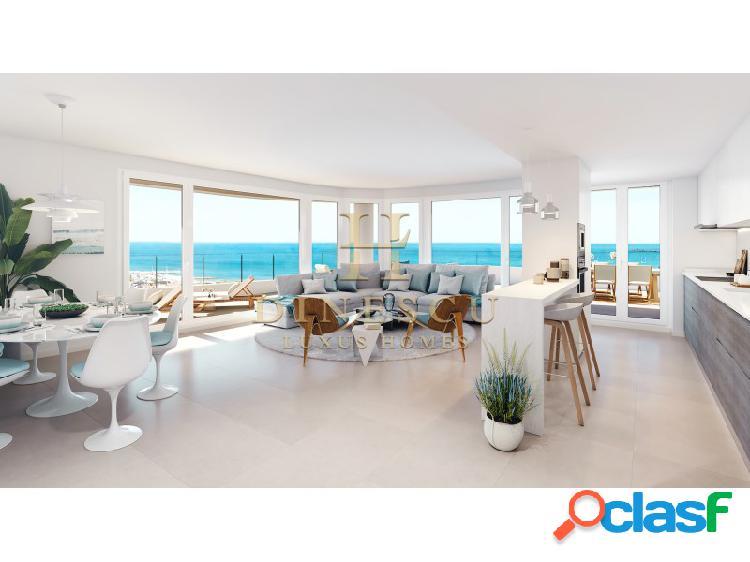 Precioso apartamento de lujo con gimnasio, piscina interior y vistas al mar cerca de valencia