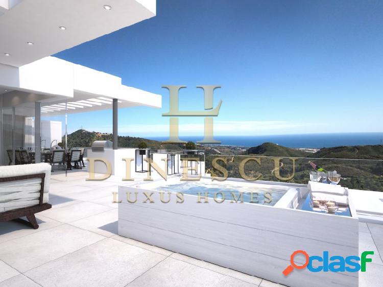 Ático dúplex de lujo llave en mano con piscina privada, gran azotea y vistas al mar en marbella