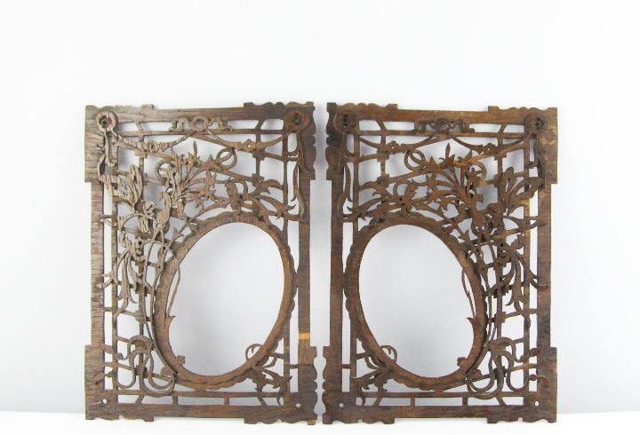 Marco de madera de calado antiguo conmemorativo