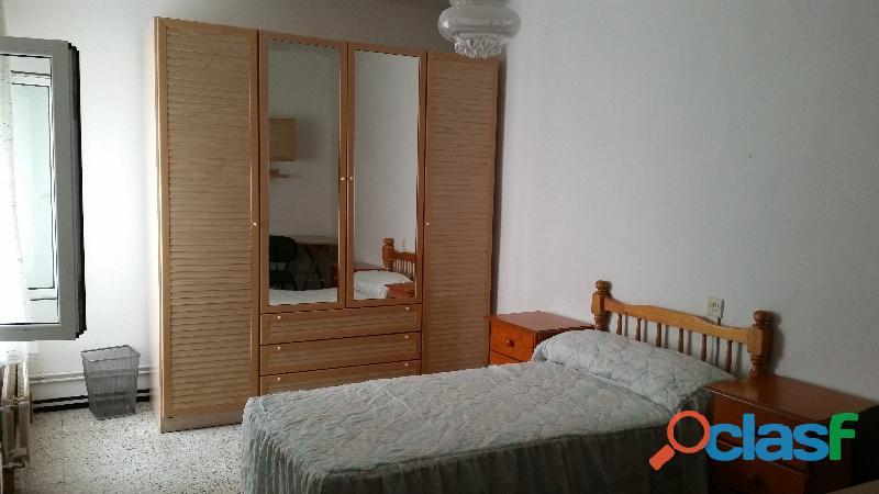 Oviedo alquilo habitaciones a estudiantes desde 165€ habitacion