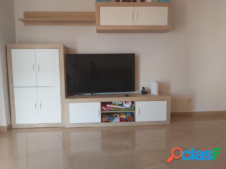 Inmobiliaria Suárez le presenta bonito piso de RENTA LIBRE zona Emilio Lemos 1