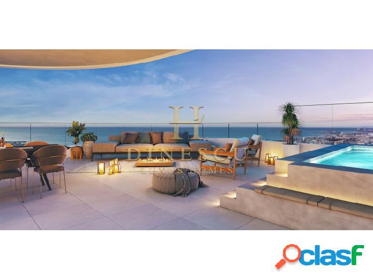 Elegante apartamento de lujo con gimnasio, piscina interior y vistas al mar cerca de valencia