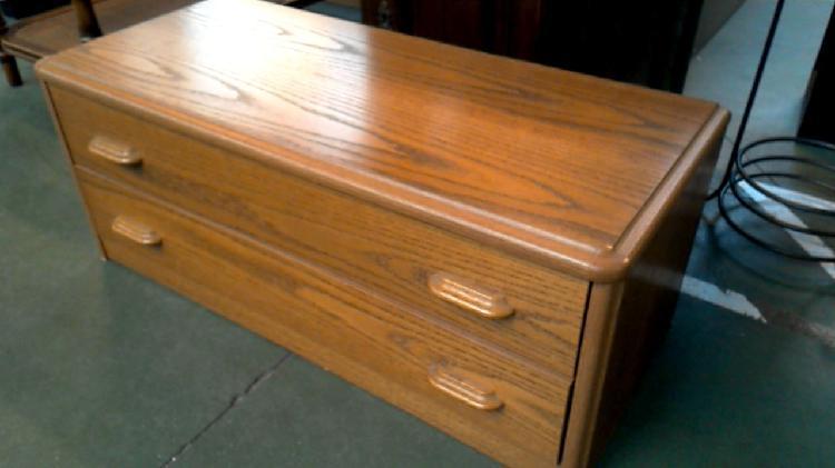 Compre la oportunidad de chifonier 2 cajones,, madera look