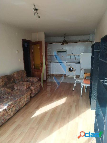 Piso de dos habitaciones con plaza de garaje