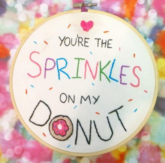 Donut mano bordado aro arte- lindo, regalo romántico!