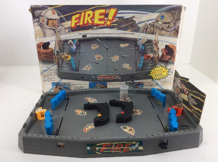Juegos de mesa fire! fire! (falta alguna pieza mirar foto)