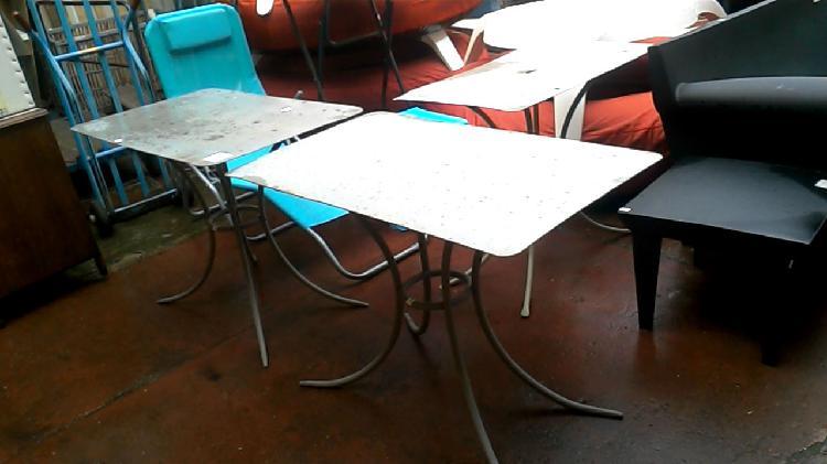 Compre la oportunidad de mesa de jardín metal gris