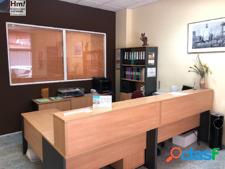 LOCAL COMERCIAL EN EL CENTRO DE LA POBLACION, EQUIPADO COMO OFICINA. 2